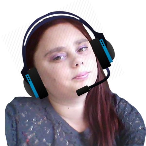 DjLauraFrontPageHeadSetMicrophone-2020-09-20-683x467px